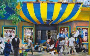 """[Books] """"Déborder la négritude"""" ou l'émergence d'une modernité artistique au Sénégal"""